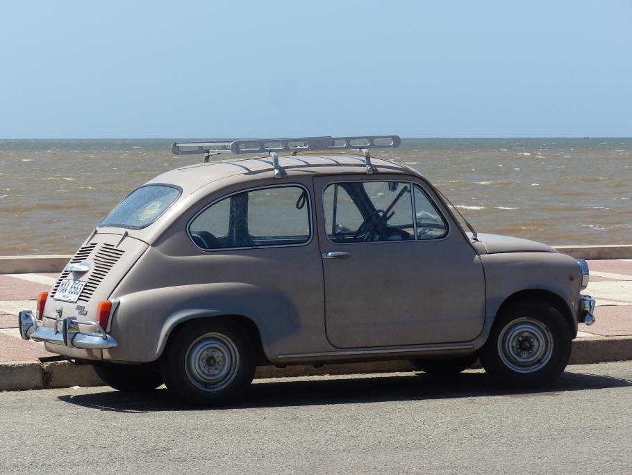 Fiat 600's abound.