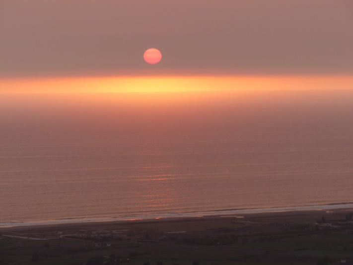 Sunset riding into Lima.